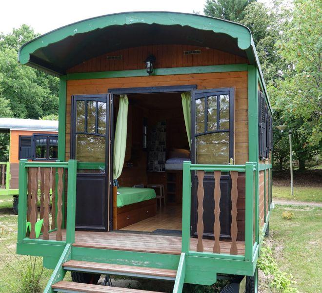 roulotte-cabane-verte-3